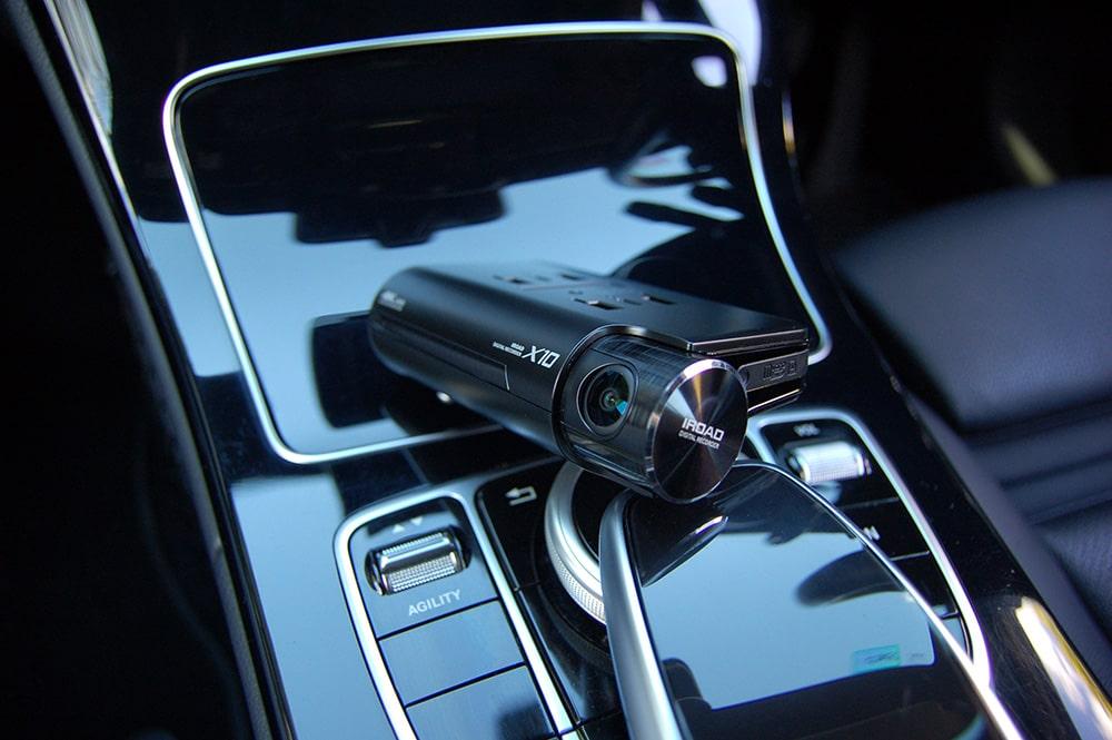 IRoad X10 Dash Cam in Car